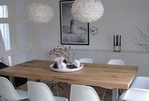 stoly dřevo