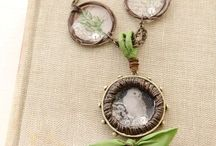Design: Organics & Natural Elements / Jewelry and other projects featuring natural and organic items, encased in ICE Resin