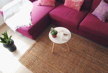 Alfombra de fibras naturales / Salón tonos rosas, elegante, femenino, cálido, alfombra de yute
