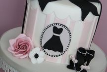 Amazing cakes!! / by Suzie De Unamuno Garcia