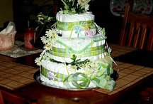 CREATIONS AND CRAFTS / How to make a diaper cake for a baby shower.