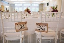 Wedding Trend: Mr. and Mrs. Chair Signs