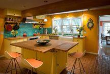 dapur warna cerah
