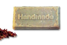 Handmade / Handmade and crafted goods made with love, creativity and great care