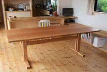 無垢材耳つきテーブル