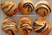 Bread buns rolls galore