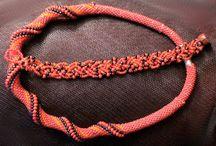 DIY biżu sznury koralikowo szydełkowe