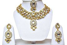 Dazzling Elegant Ethnic Traditional Bollywood Inspired Kareena Kapoor Jewellery Necklace Set
