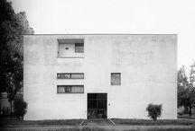 """archi - Ignazio Gardella / """"Se poi qualcuno mi chiede cos'è l'architettura, rispondo: """"datemi un tema e un luogo e io vi do un progetto."""" Ignazio Gardella"""