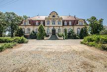 Irządze - Pałac / Pałac w miejscowości Irządze. W XIX w. stanowił własność rodziny Senden i rodziny Weber. Obecnie mieści się w nim szkoła podstawowa.