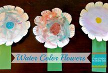Flower Crafts / by Rebecca-Dee Conlon-Rattcliff