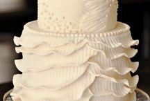 Wedding Cakes & Cupcake Displays / Wedding Cake inspiration from #RaleighWeddingProfessionals! #Weddingcakes