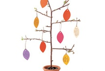 Thankful Tree Inspiration / For more great Fall/Thanksgiving ideas, join us at http://100DaystoChristmas.com!