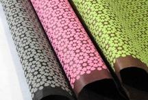 Jolis papiers à l'Atelier Chez Soi / Découvrez les jolis papiers déco dénichés par l'Atelier Chez Soi pour décorer toutes vos créations.
