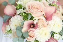 wedding bouquet & boutonnière