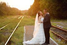 Weddings / Wedding pictures, elegant poses, bride and groom photoshoot, sunset photoshoot