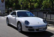 Porsche 911 Carrera S (type 997) / 年式 2007 シフト 5速 ハンドル R 初度登録 平成19年9月 排気量 3,800cc 走行距離 22,500Km 車検期限 2年車検受け渡し ミッション Tip-S 修復歴 なし カラー(外装) キャララホワイト カラー(内装) ブラック  装備オプション シートヒーター 19インチスポーツデザインホイール パークアシスト ポルシェクレストエンボス加工ヘッドレスト 電動サンルーフ