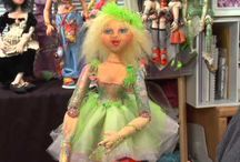 Cloth Dolls Tutorials, Video's, Patterns, and How-To's / I just LOVE making cloth dolls and finding tutorials, patterns, articles, projects, and how-to's for making them. If you love cloth art dolls, too I hope you enjoy what I've found. Happy doll making.
