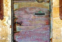 Doors,Windows,Arches&Posts to the World / by Joyce E. Williams
