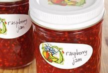 Canning & Preserving / by Tavia Tindall