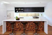 Kitchen Tile Inspirations / Modern kitchen tile design and decor ideas