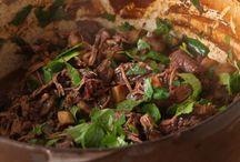 Recettes pour faire un bœuf / Plutôt tartare, en carpaccio, bourguignon ou au barbecue ? Qu'importe, tant qu'il est savoureux !