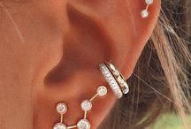 Vackert smyckade öron