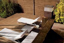 Modulo Plastico / Il Modulo Plastico è caratterizzato da una pavimentazione autoposante che dà valore agli ambienti verdi delle ville ed agli spazi living esterni di appartamenti eleganti quali attici e loft.