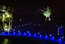 Décoration lumineuse : terrasse extérieur rgb / https://www.leclubled.fr/mini-spots-encastrables/40-kit-6-mini-spots-led-encastrables-ronds-0617037017064.html