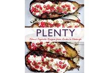 Foodie Feasts / by Kim Rumsey
