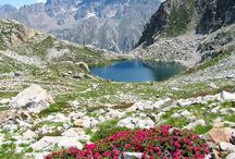 Hikes in the Maritime Alps of France and Italy / The Maritime Alps (Alpes Maritimes in French or Alpi Marittime in Italian) is a great mountain hiking venue. Wilder than many other parts of the Alps they are full of high country lake basins, jagged peaks and uncrowded trails.