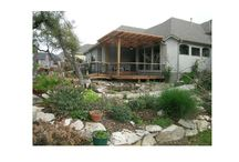 Innovative Remodeling outside space / Outdoor kitchens and spaces.