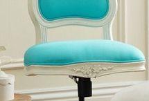 Decorating with Turquoise / Decorating with aqua and turquoise.  Aqua home decor. ideas.  Turquoise home decor ideas.