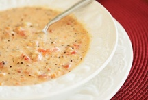 Soups, stews, etc. / by Cindy Hackett