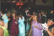 Prom Entertainment / Providing the grounds for a really exciting prom with maximum participation on the dance floor is an art and a science!