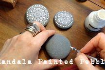 pebbles and stones - Mandalas natural