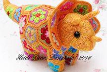 African flower crochet - toys