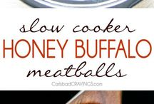 Slow Cooker Recipes / Easy Slow Cooker recipes and Crock Pot ideas to speed up weeknight dinners.