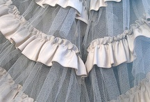 Wedding-ness dress / What makes the perfect wedding dress? Style, cut, fabric, decoration. Here is lots of inspiration to find the dress of you dreams