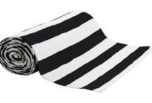 Matot / Valtava valikoima erilaisia mattoja: puuvillamattoja, muovimattoja, kuramattoja ja käytävämattoja. Myös metritavarana!