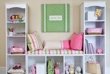 Kid's room storage / Great storage ideas and tips for organizing and decluttering your kids' rooms.