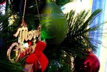 Christmas Home Decoration / Here are some easy to follow tips to decorate your home for Christmas.