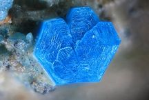 Langite / Sulfate :  Cu4(SO4)(OH)6•2(H2O)