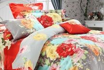 Bedroom decor / by Chelsea Collins