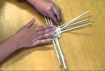 pletení košíků a papírové pletení / pedig, papír
