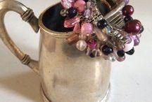 Bracelets /  armbanden