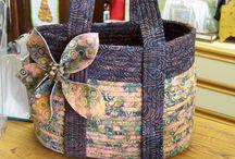 Körbe u. Taschen aus Stoff-Seilen