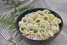 Pasta/noodles / by Amy Apostolou