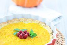 Dynia / Przepisy na potrawy i desery z dyni.  http://pozytywnakuchnia.pl/pomysl-na/dynia/