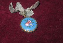 Bisuteia miniatura